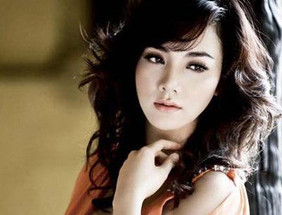 Trang Nhung lên tiếng về việc bán dâm 8.000 USD