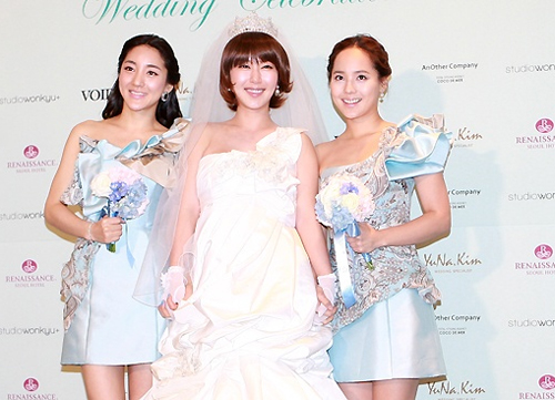 Ba thành viên hội ngộ trong đám cưới Shoo.