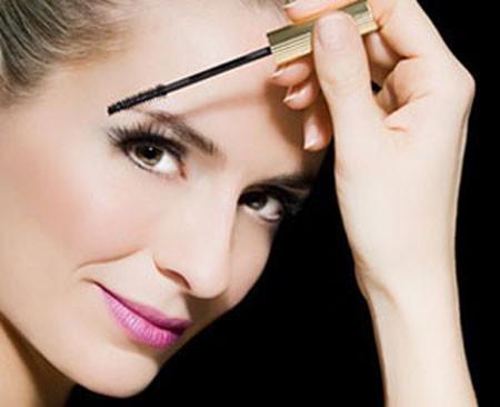 Cách trang điểm cho da nhờn