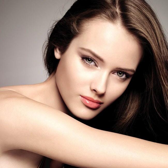 Có nên thẩm mỹ môi không?