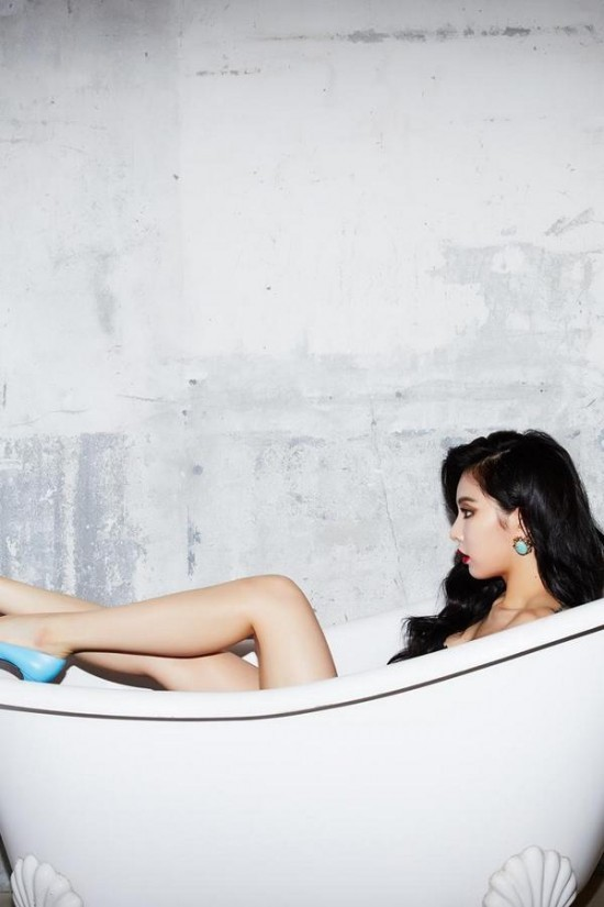 hyuna-tung-anh-bon-tam-nha-hang-cho-album-moi-3