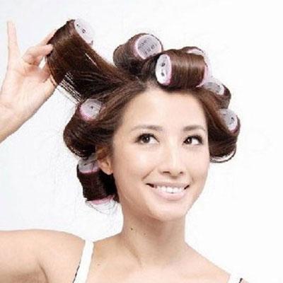 Mẹo giữ tóc xoăn luôn bóng đẹp.