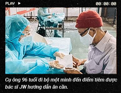 Chiến sĩ JW quyết mang mùa xuân trở lại Sài Gòn