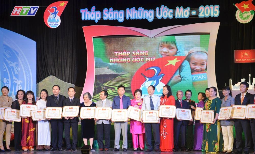 Thap-sang-nhung-uoc-mo.jpg_112