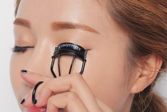 Bấm mi The Face Shop