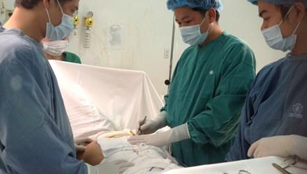 Phẫu thuật ngực không thành công