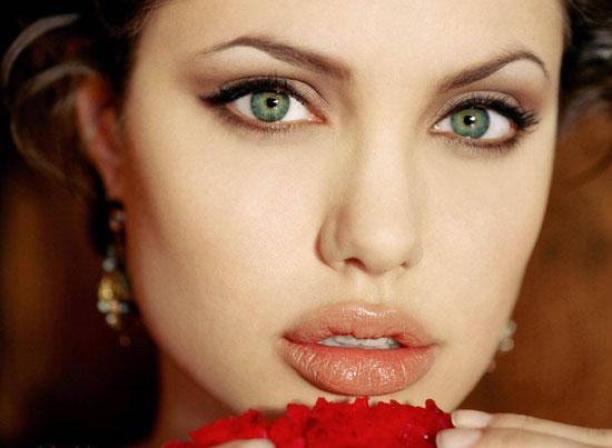 Những đôi mắt đẹp nhất thế giới