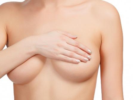 Nâng ngực nội soi bằng bao xốp