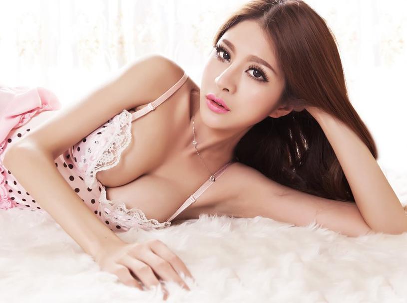 Phẫu thuật nâng ngực nội soi có nguy hiểm