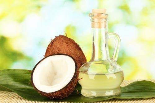 Làm đẹp sau sinh hiệu quả với dầu dừa