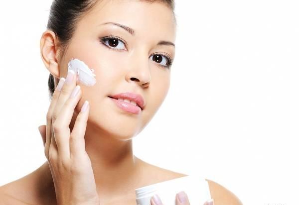 Chăm sóc da sau lăn kim tại nhà