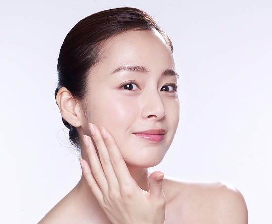 Cách chăm sóc da mặt của sao Hàn