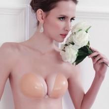 Ở Hà Nội có nâng ngực nội soi túi Nano Chip 3D Motiva không?