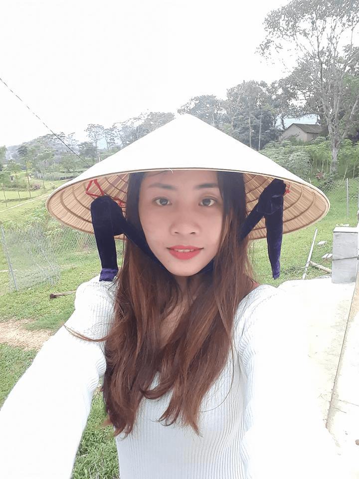 Hình ảnh chị Đinh Thị Trà tự tin Selfie sau Phẫu thuật hàm hô