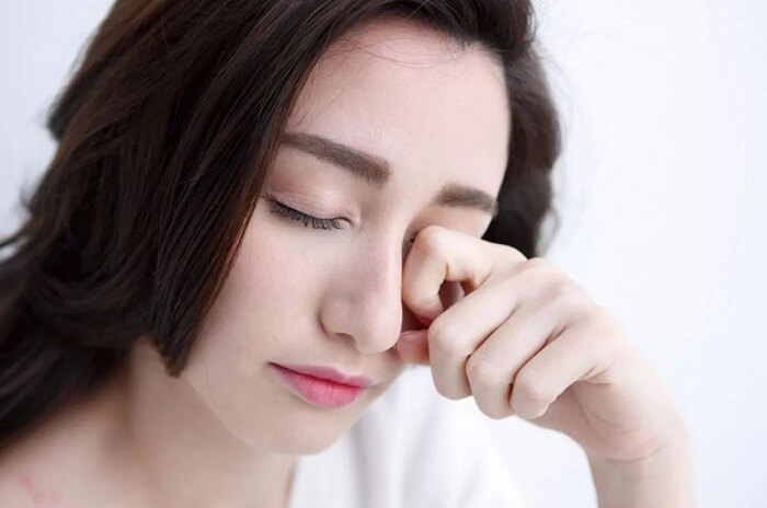 Cách chăm sóc sau khi cắt mí mắt_5