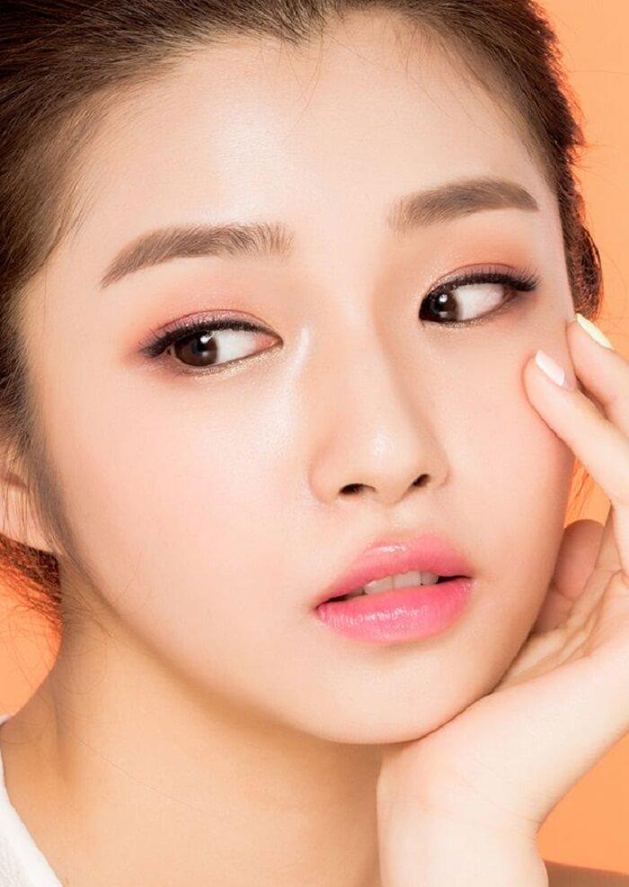 So sánh 2 không nghệ thẩm mỹ mắt Hàn Quốc gây sốt ở Việt Nam - Ảnh 1