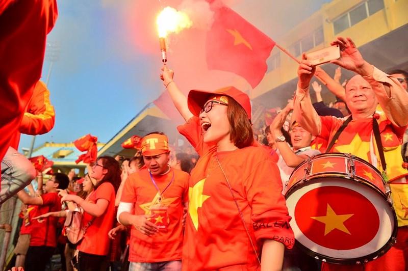 Người hâm mộ hạnh phúc và tự hào về những chàng trai quả cảm U23 Việt Nam