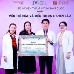 Hàng trăm người tham dự hội thảo ra mắt Viện trẻ hóa & Điều trị da chuyên sâu JW
