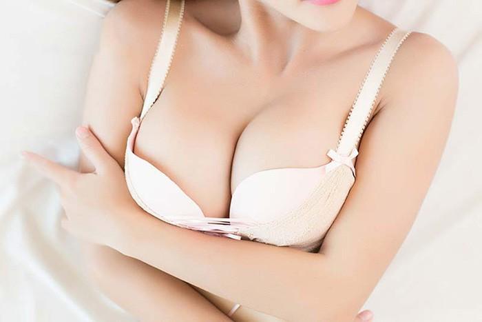 nâng ngực có tốt không an toàn không