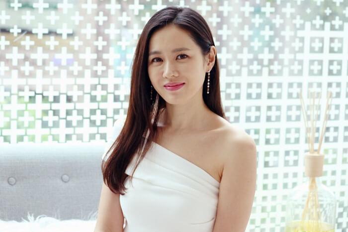 Học chị đẹp Son Ye Jin cách chăm sóc da không tì vết-hình 6