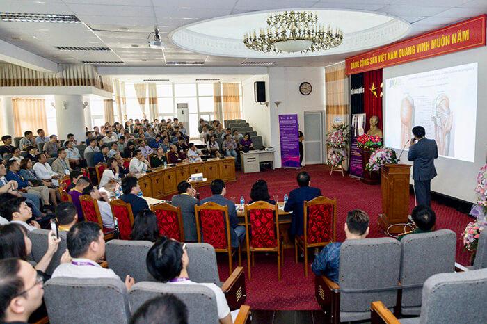 Hội thảo thu hút đông đảo bác sĩ tham dự học hỏi kinh nghiệm