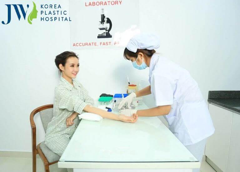 Kiểm tra sức khỏe miễn phí trước khi phẫu thuật