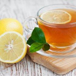 5 tác dụng tuyệt vời khi uống nước chanh mật ong vào buổi sáng