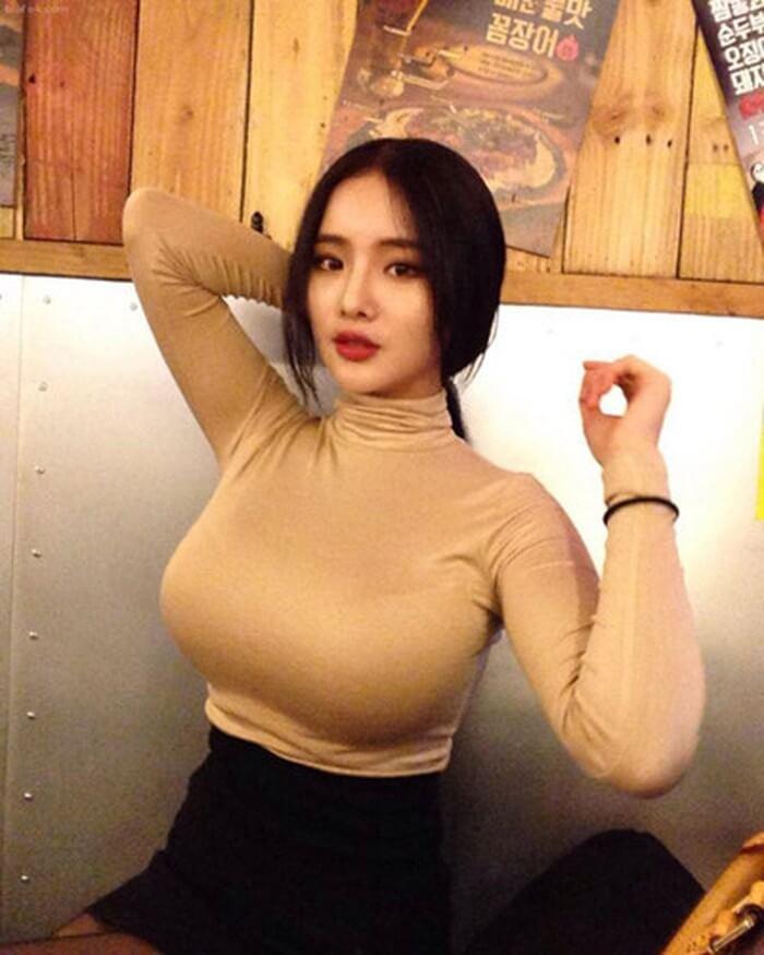 Hotgirl siêu vòng 1 xứ Hàn - Yu Han