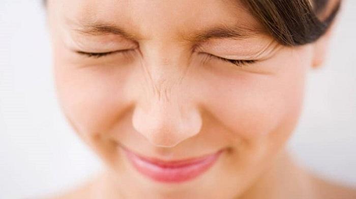 Top những cách làm tan mỡ mí mắt an toàn- hình 2
