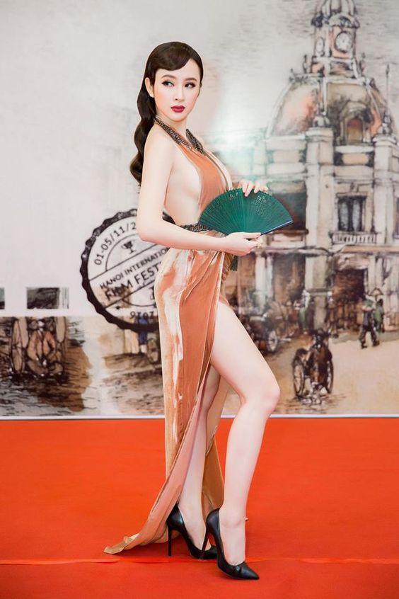 Top 10 mỹ nhân sở hữu bầu ngực khủng của Showbiz Việt_16