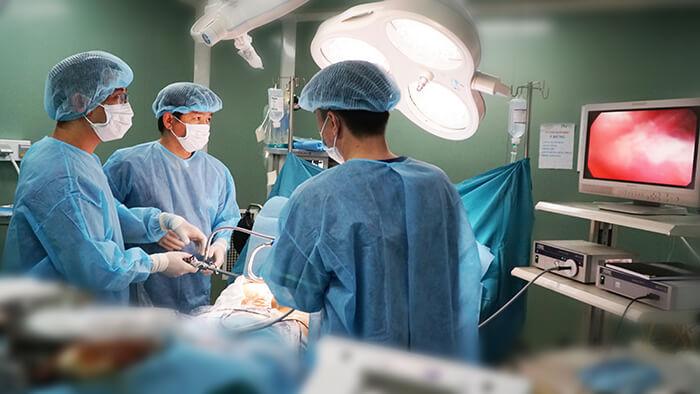 Nâng mông nội soi có nguy hiểm không? Giải đáp của chuyên gia_3