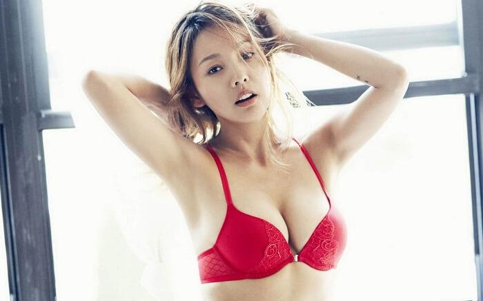 Nâng ngực sử dụng được bao lâu phải làm lại?