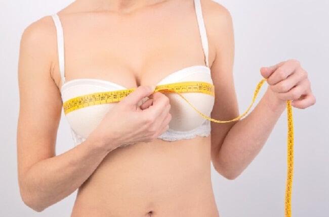 Nâng ngực bằng mỡ tự thân có ưu nhược điểm gì?