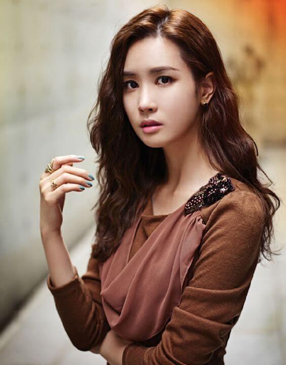 Sao nữ Hàn phẫu thuật thẩm mỹ - Lee Da Hae