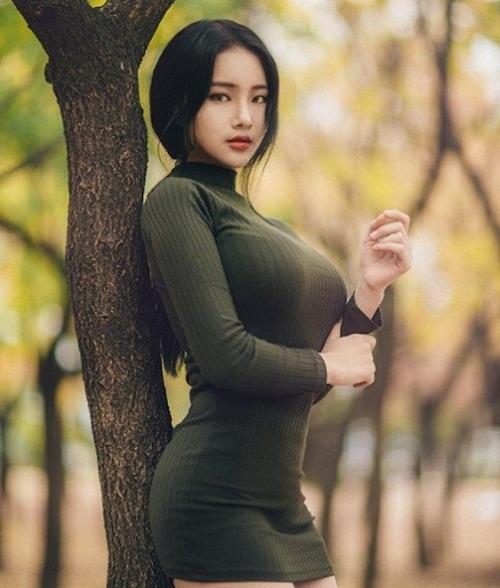 Top 4 mỹ nhân có vòng 1 đẹp nhất Châu Á - Yu Han