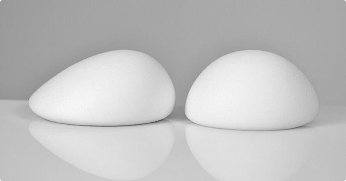 Phẫu thuật nâng ngực nên đặt túi Mentor hay Nanochip?_2