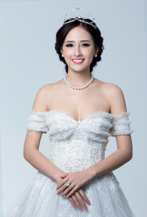Top 8 bộ ngực đẹp nhất Showbiz Việt_16
