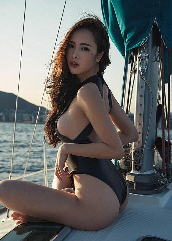 Top 8 bộ ngực đẹp nhất Showbiz Việt_12