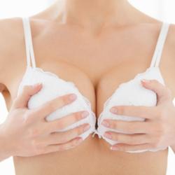 Top 4 cách massage ngực hiệu quả tại nhà