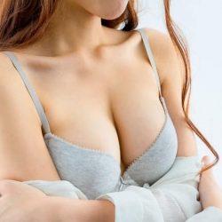 Top 10 mỹ nhân sở hữu bầu ngực khủng của Showbiz Việt