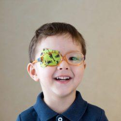 Sụp mí mắt có nguy hiểm không? Những bệnh lý liên quan