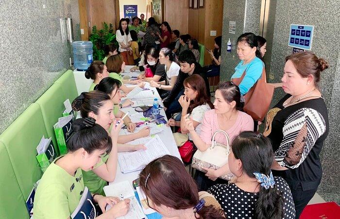 https://thammyhanquoc.vn/su-kien-tai-phau-thuat-mui-thu-hut-hang-tram-tin-do-lam-dep-17