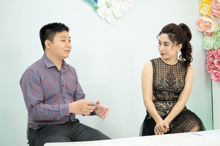 https://thammyhanquoc.vn/ca-si-dong-quan-vo-oa-truoc-nu-cuoi-tuoi-tre-cua-nguoi-phu-nu-u50-5