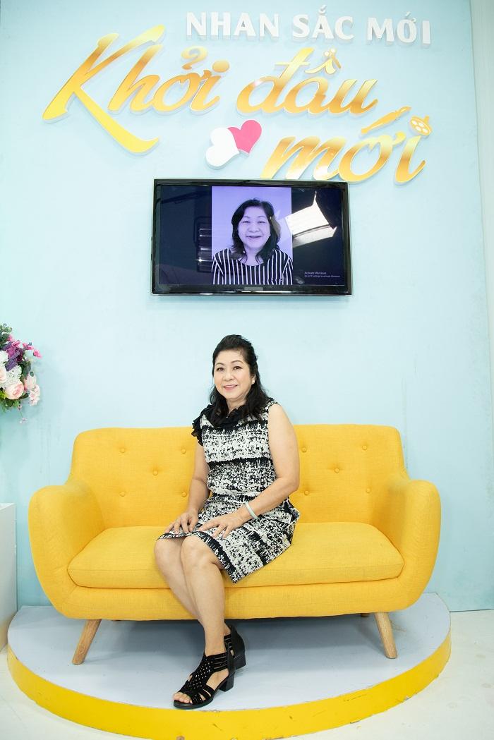 https://thammyhanquoc.vn/ca-si-dong-quan-vo-oa-truoc-nu-cuoi-tuoi-tre-cua-nguoi-phu-nu-u50-6