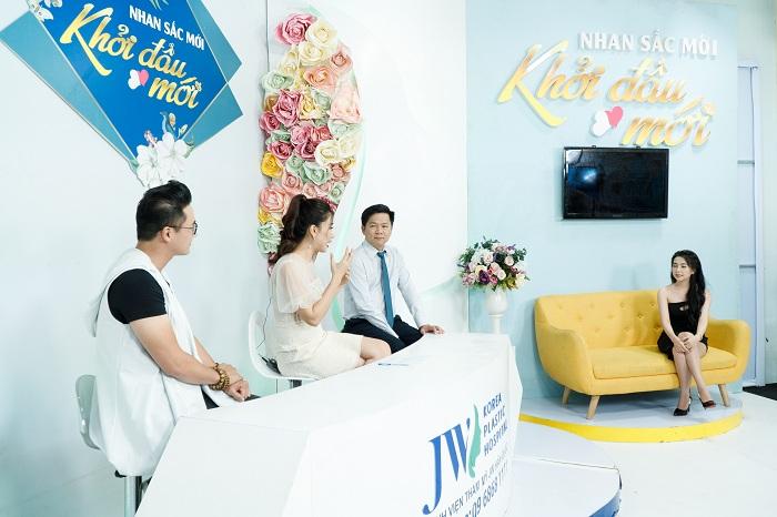 """Diễn viên Hà Trí Quang """"phát cuồng"""" với nhan sắc của """"Người đẹp Tây Đô"""" sau nâng mũi - 3"""