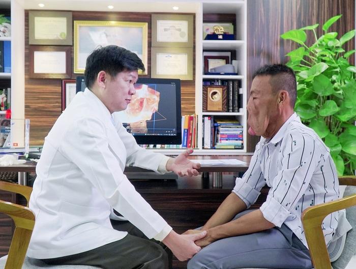 Kỷ niệm ngày đầu tiên anh Mến tìm gặp Bác sĩ Tú Dung