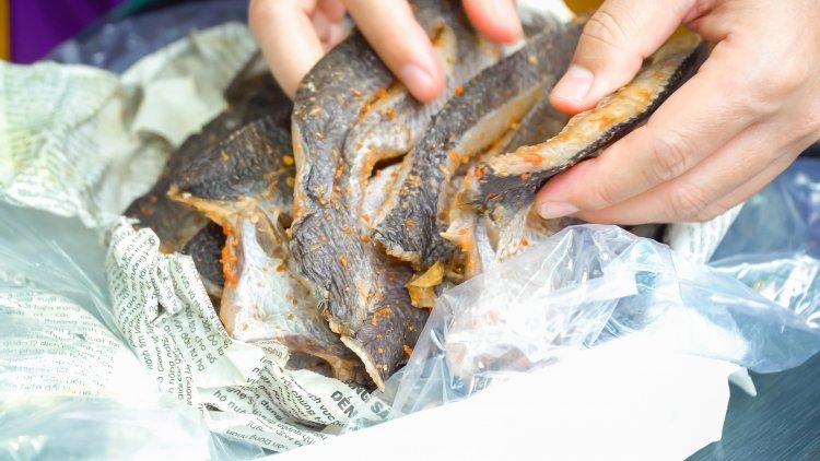 Đặc sản khô cá lóc An Giang do anh Mến tặng