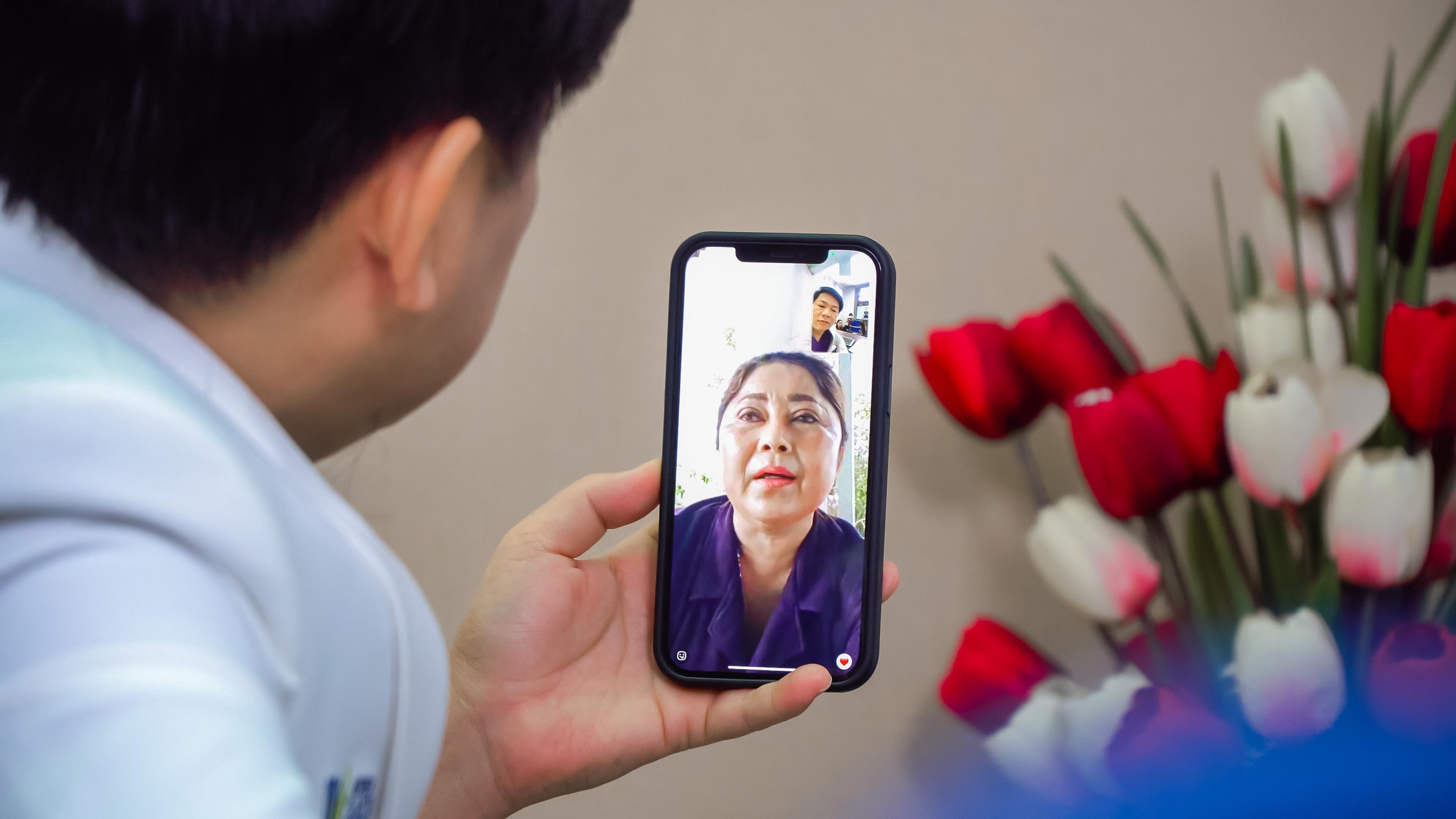 Bác sĩ Tú Dung